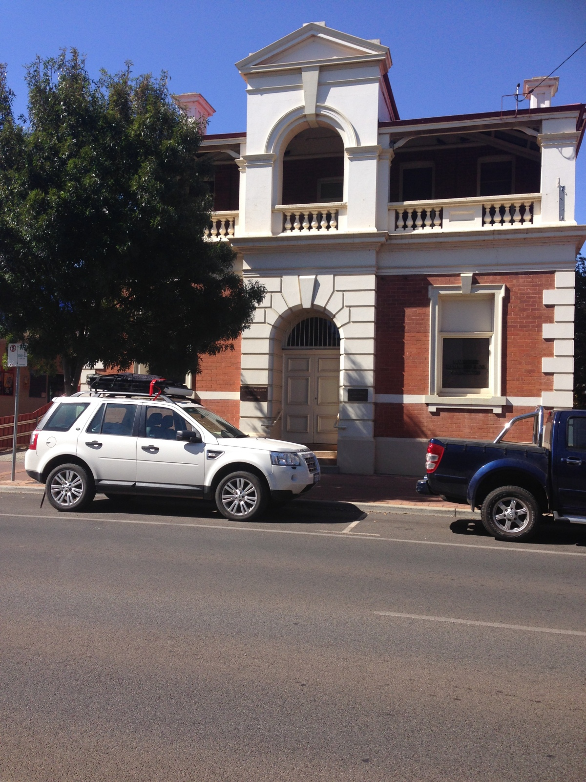 the-landy-coolgardie